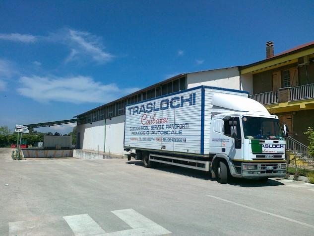 Deposito custodia mobili albano laziale magazzino for Magazzino mobili